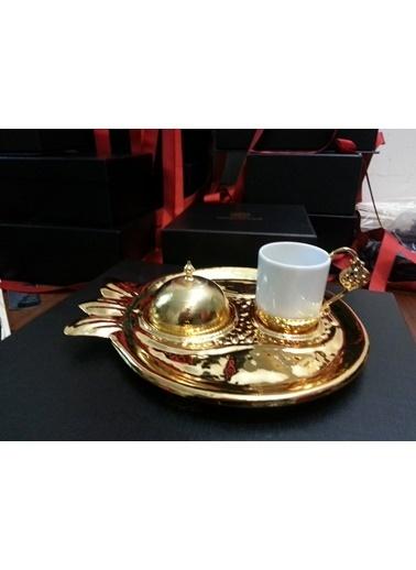 Decoristan Nar Dövme Kahve Seti Altın